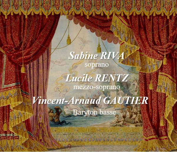 Rideau de scène et décor avec des noms de solistes superposés