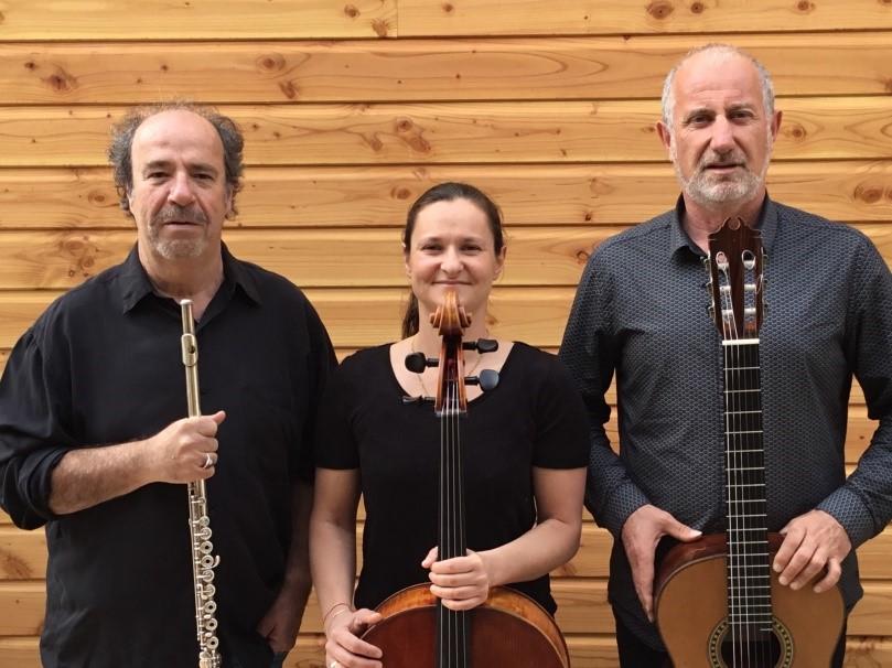 Photo de Trio Via Domitia avec leurs instruments musicales